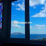 Вид на море из окна.